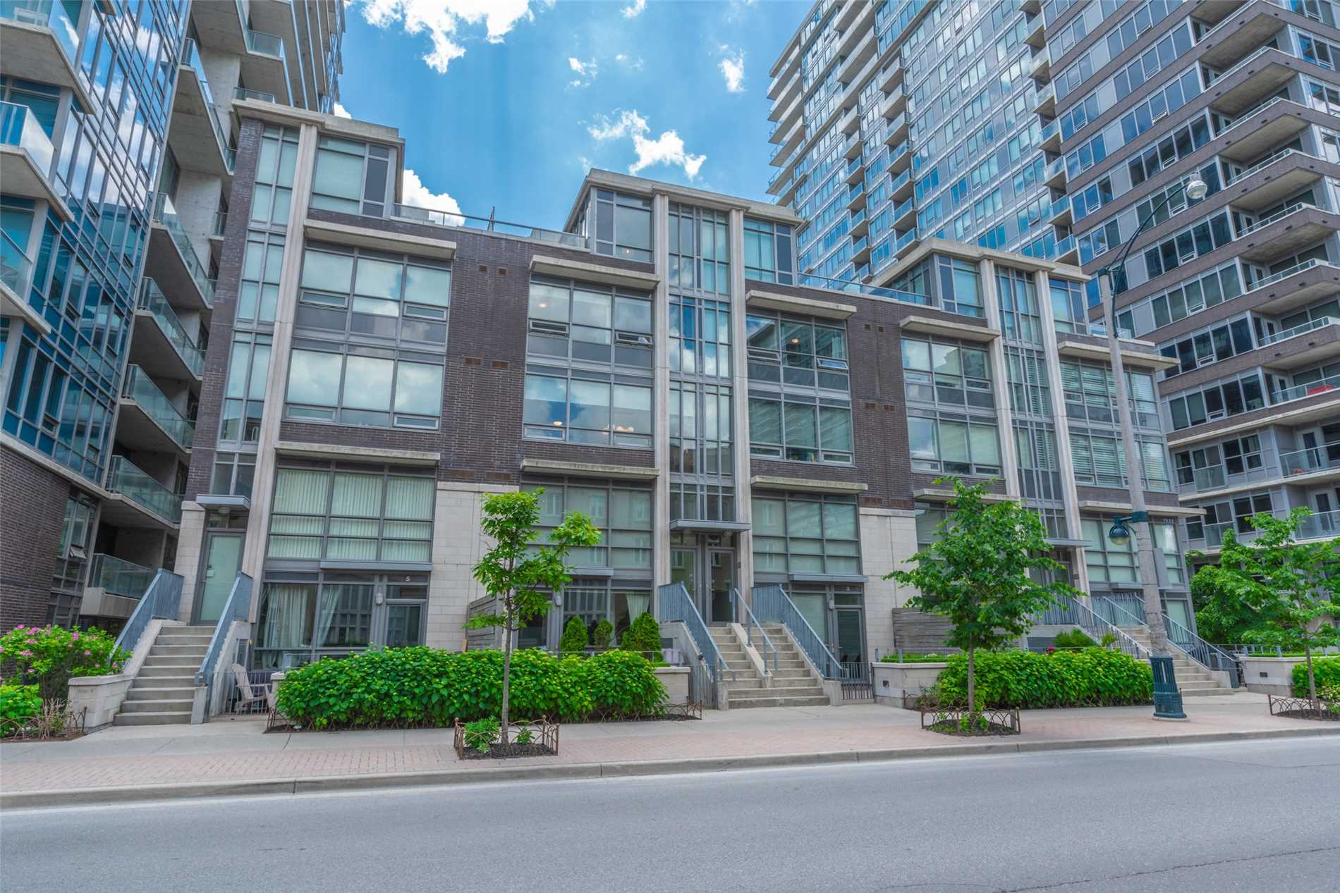 Top 10 Reasons To Love This Liberty Village Townhome!